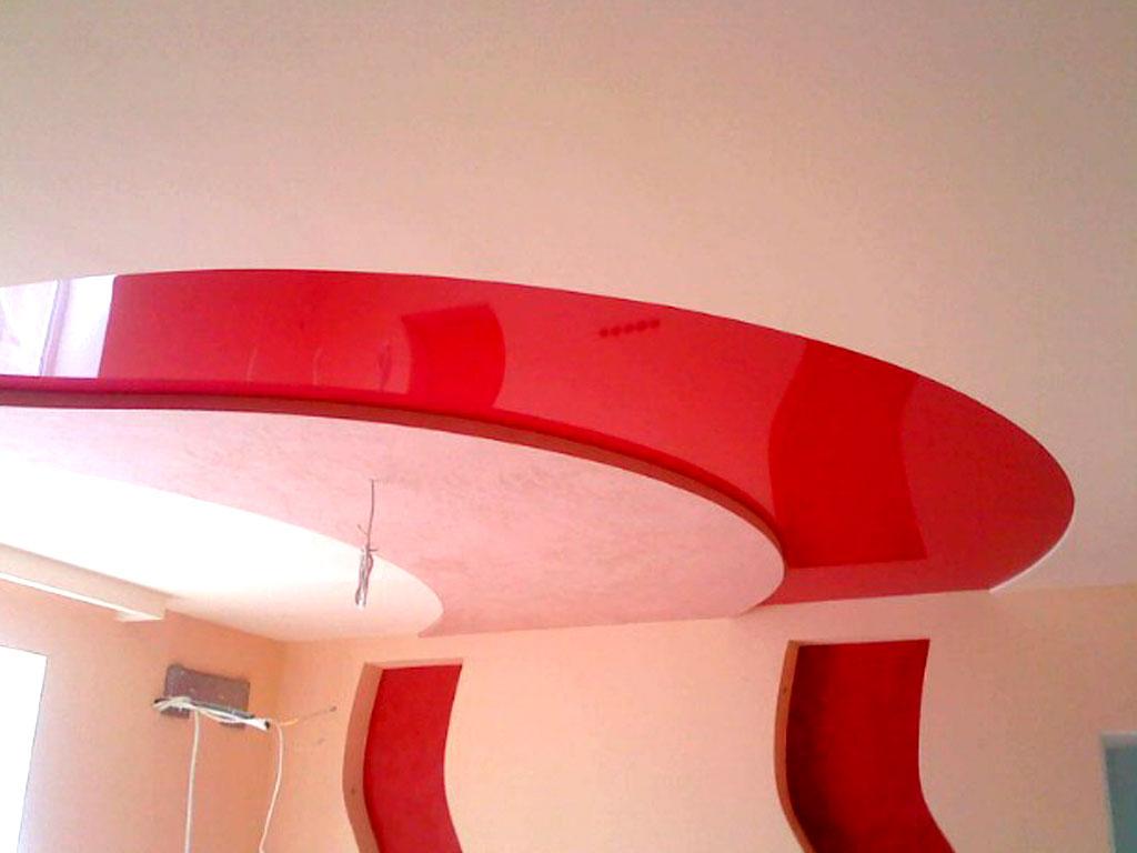 Экологический бесшовный стильный потолок, высота потолка 2,2 м, площадь 20 кв.м, без светильников