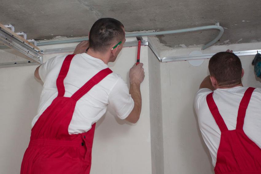 Багет для криволинейного двухуровневого потолка, высота потолка 2.2 м