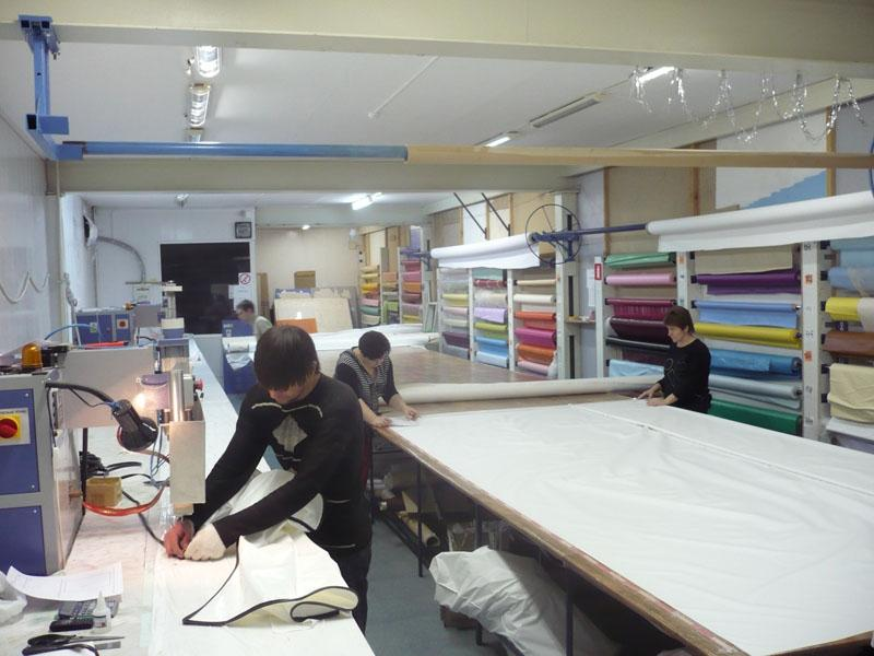 Технология производства матовых, глянцевых, сатиновых потолков