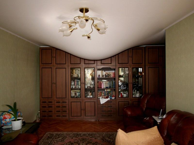 Экологичный, классический, матовый потолок, площадь комнаты 13 кв.м