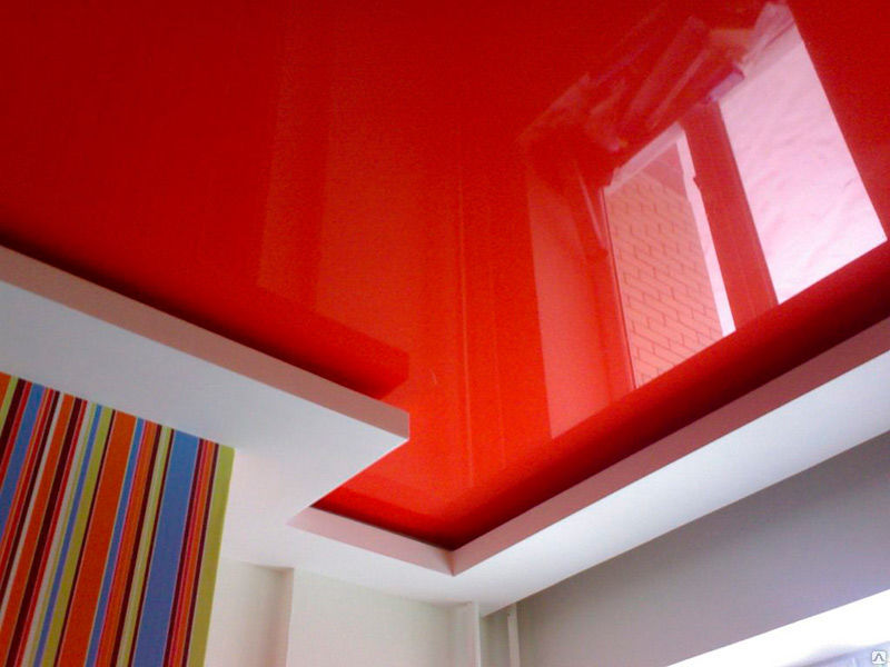 Двухуровневый экологический стильный потолок, высота потолка 2,3м, площадь комнаты 11кв.м