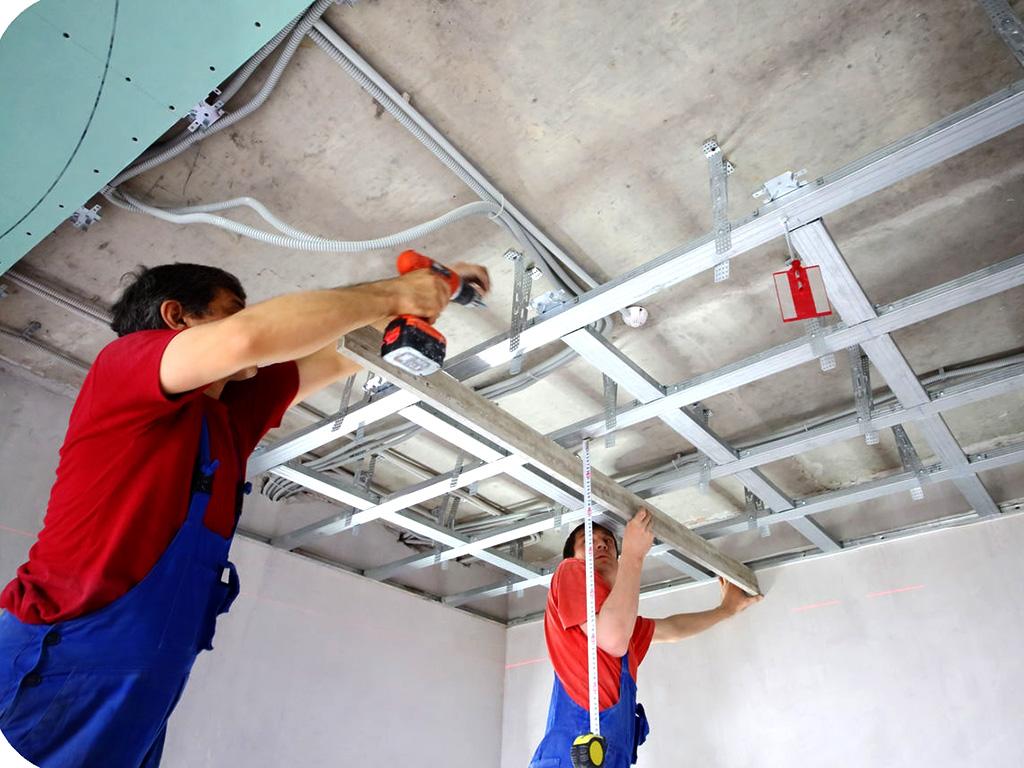 Применение гипсокартона для установки многоуровневого, криволинейного потолка в помещении